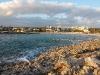 Bucht mit Hotelansicht