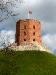 Gediminas-Turm mit litauischer Flagge