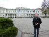 Vor dem Präsidenten-Palast.