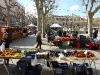 Marktstände rund um die Kirche