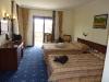 Ansprechende Zimmer mit 2 großen Betten