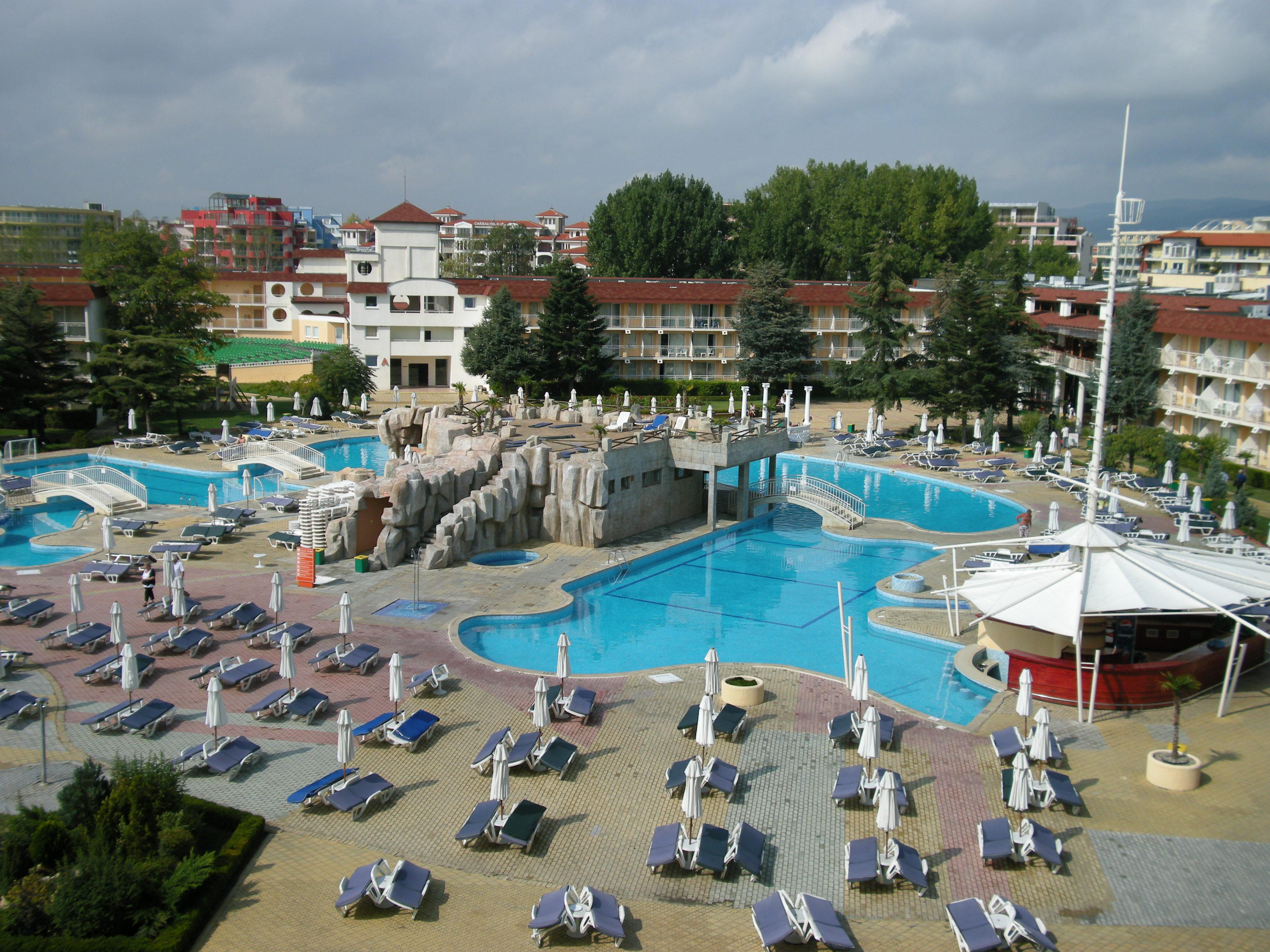 """Poolanlage Hotel \""""Evrika\"""""""