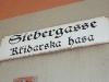 Zweisprachige Schilder überall - sorbisch