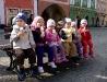 Der Kindergarten schleckt Eis