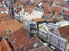 Hökerstraße mit Rathausturm