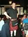 Im Pub bedienen die Kellner im Schottenrock....