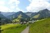 """Auf dem \""""Alpweg\"""" von Baad nach Mittelberg"""