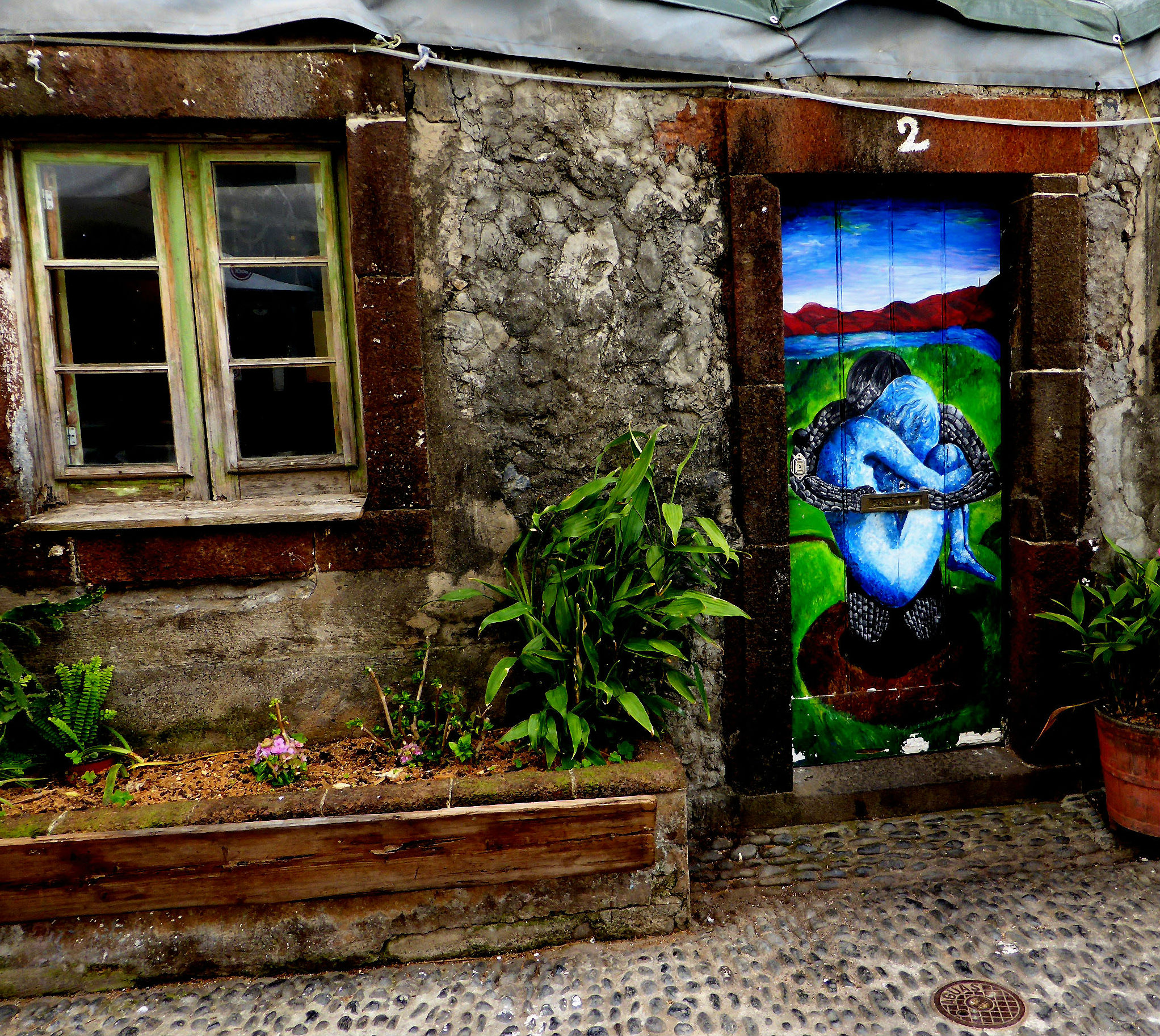 Türbemalung in der Rua de Santa Maria, Funchal.