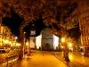 Avenida Arriaga am Abend mit Kathedrale Sé