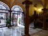 Hotel Born - Durchgang zum Patio