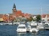 Hafen mit Marienkirche